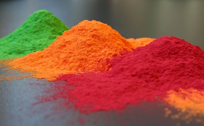 رنگ پودری در برابر رنگ مایع و آبکاری